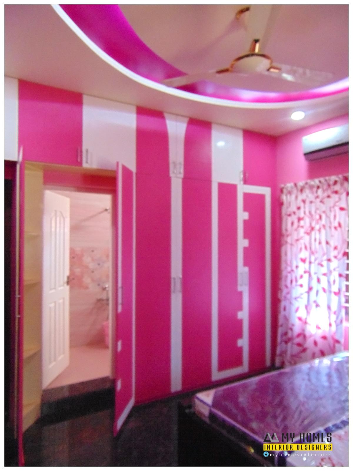 Traditional homes house interior pooja room designs kerala for Bedroom designs kerala