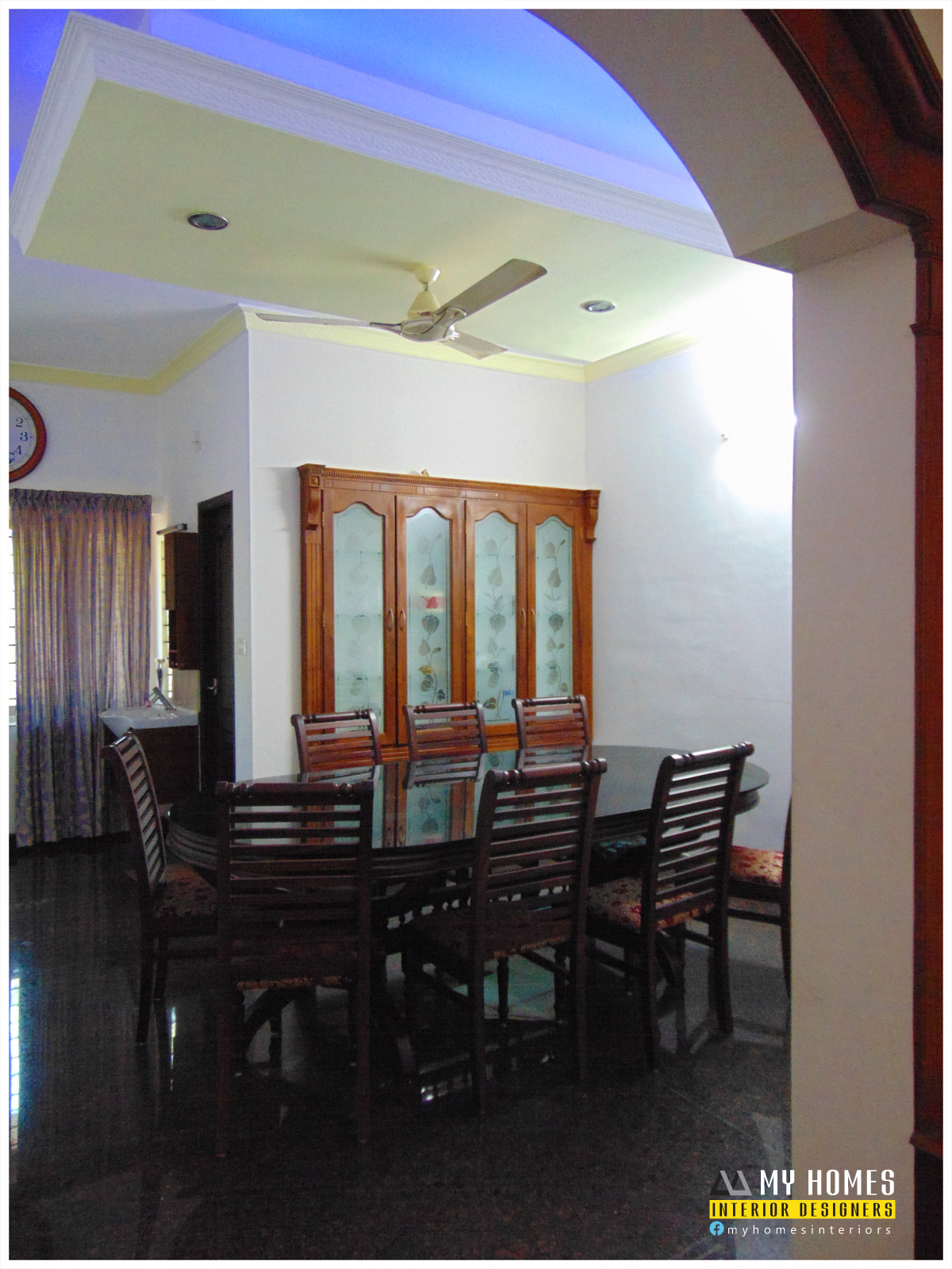 Wooden door style in kerala door designs photosm images for Dining table interior design