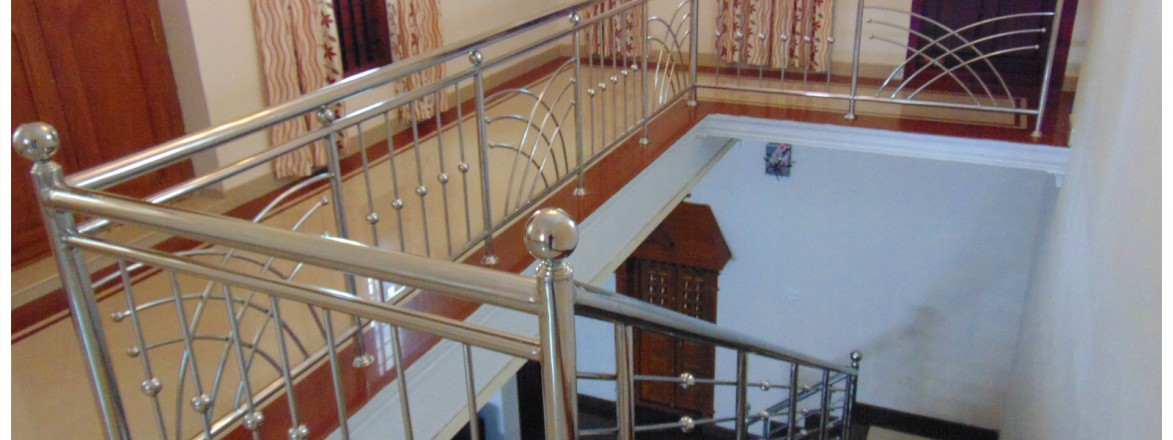 House Staircase Designs Kerala